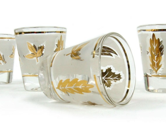 Mid Century Foliage Leaf Shot Glass, Set of Four, Mad Men Era, Cocktail Glasses, New Home Gift, Thanksgiving Table