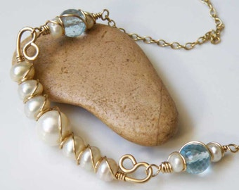 White fresh-water Pearls and blue Topaz necklace - wire wrapped - Gold filled gauge - Minimalist Jewelry