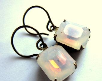 Opalite Claw Set Earrings Cloudy Glass Fashion Jewelry