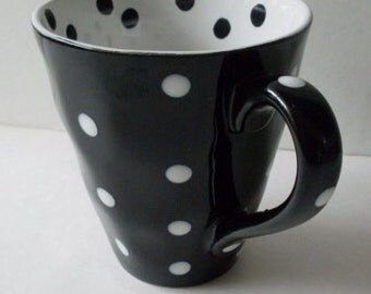 Black & White Dots Coffee Mug  We Ship Internationally