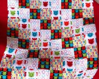 Child's lion roar quilt for little boy or girl