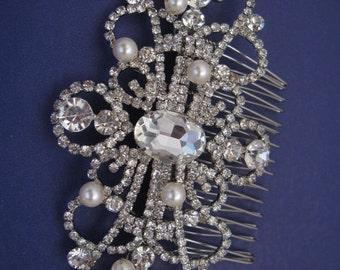 Wedding hair comb vintage Wedding hair comb headpiece Wedding hair comb hair accessory Wedding hair comb pearl Bridal hair comb Accessory