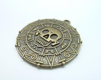 4pcs 40mm Antique Bronze Thick Round Skull Caribbean Pirate Gold Coin  Charm Pendant C1672