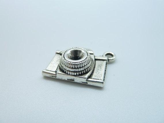 15pcs 8x15x20mm Antique Silver 3D  Camera  Pendant b423