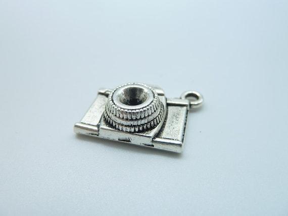 15pcs 8x15x20mm Antique Silver Lovely 3D  Camera  Pendant b423