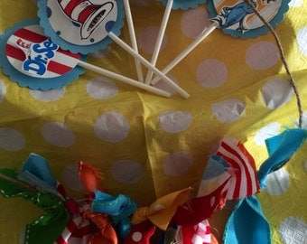 Dr. Seuss cupcake toppers-Dr. Seuss Party- Cupcake Toppers Dr. Seuss(12)