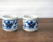 Vintage Japanese Teacups, Sake Tumbler, Set of 2, Retro Ceramic Stoneware 1970s, blue handpainted flowers, speckled