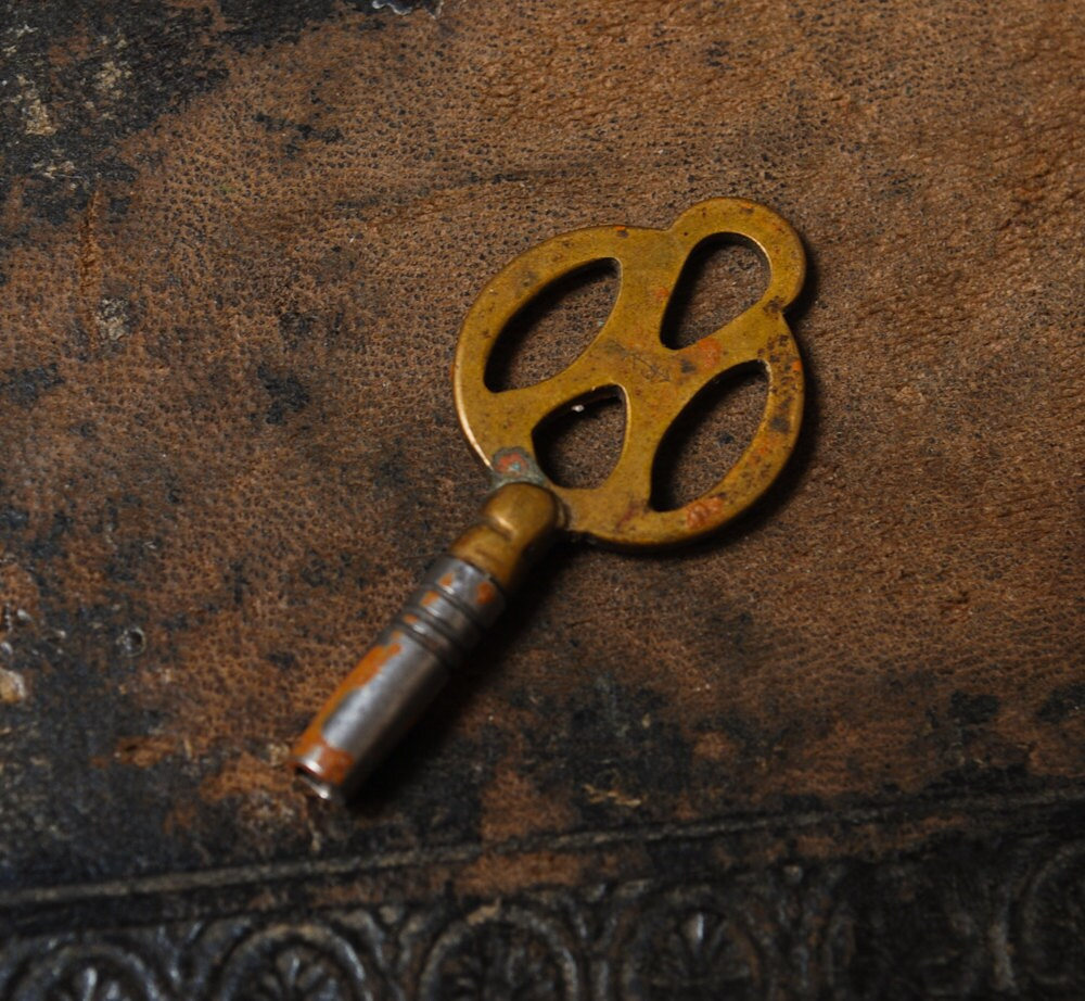 antique miniature key wind pocket number 4
