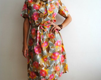 Vintage Floral Print Dress Size S 1970s Vintage Fashion Spring Dress