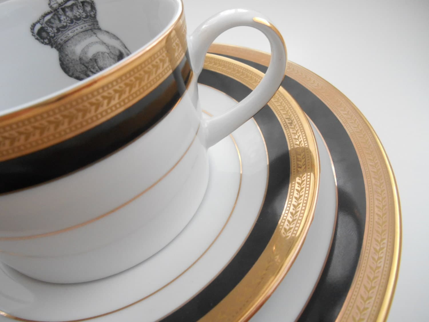 Black/Gold Skull Dinnerware, PAYMENT PLANS AVAILABLE, on