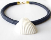 shell necklace blue rope necklace nautical blue white sea shell free shipping she shell