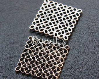 2pcs / Square / Flower / Oxidized Silver Tone / Base Metal / Charm / Pendant (CA225//I270)