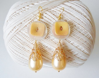 Upcycled Vintage Button Beaded Earrings, pale Yellow, Retro style, Long Dangle earrings,