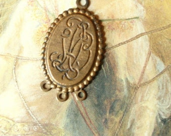 Vintage RARE Amazingly Detailed Old Brass Connector Pendant