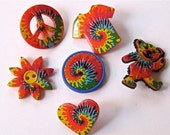 Tie Dyed Fun Craft Novelty Sewing Buttons Dress It Up