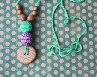 The Best Babywearing Necklace in Purple & Mint - oak wood