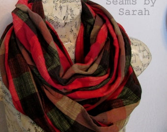 Scarf// Woven  Infinity Scarf /// Accessory///Circle
