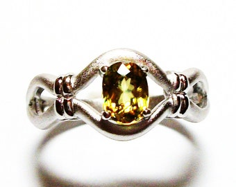 """Sphene ring, sphene, solitaire ring, yellow ring,  green ring s 9 """"Lovey Dovey"""""""