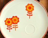 Mod Orange and Yellow Daisy Snack Set Plates: Set of Four