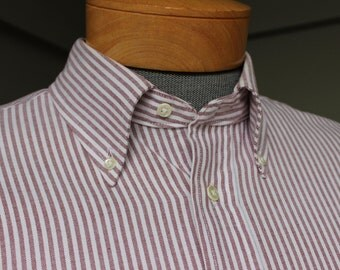 vintage 1980's -Boston Traders- Men's Oxford Cloth button down collar shirt w/ locker loop. Red club stripe. Large - 16 x 34/35