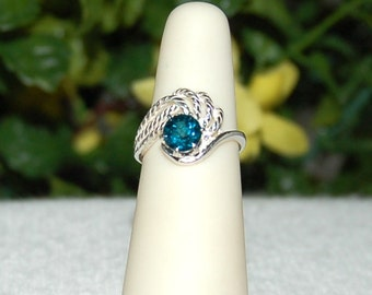 London Blue Topaz Ring, Size 5, Intense Blue Green, Sterling Silver, December Birthstone, Blue Topaz Solitaire, Teal Topaz, Pinky Ring