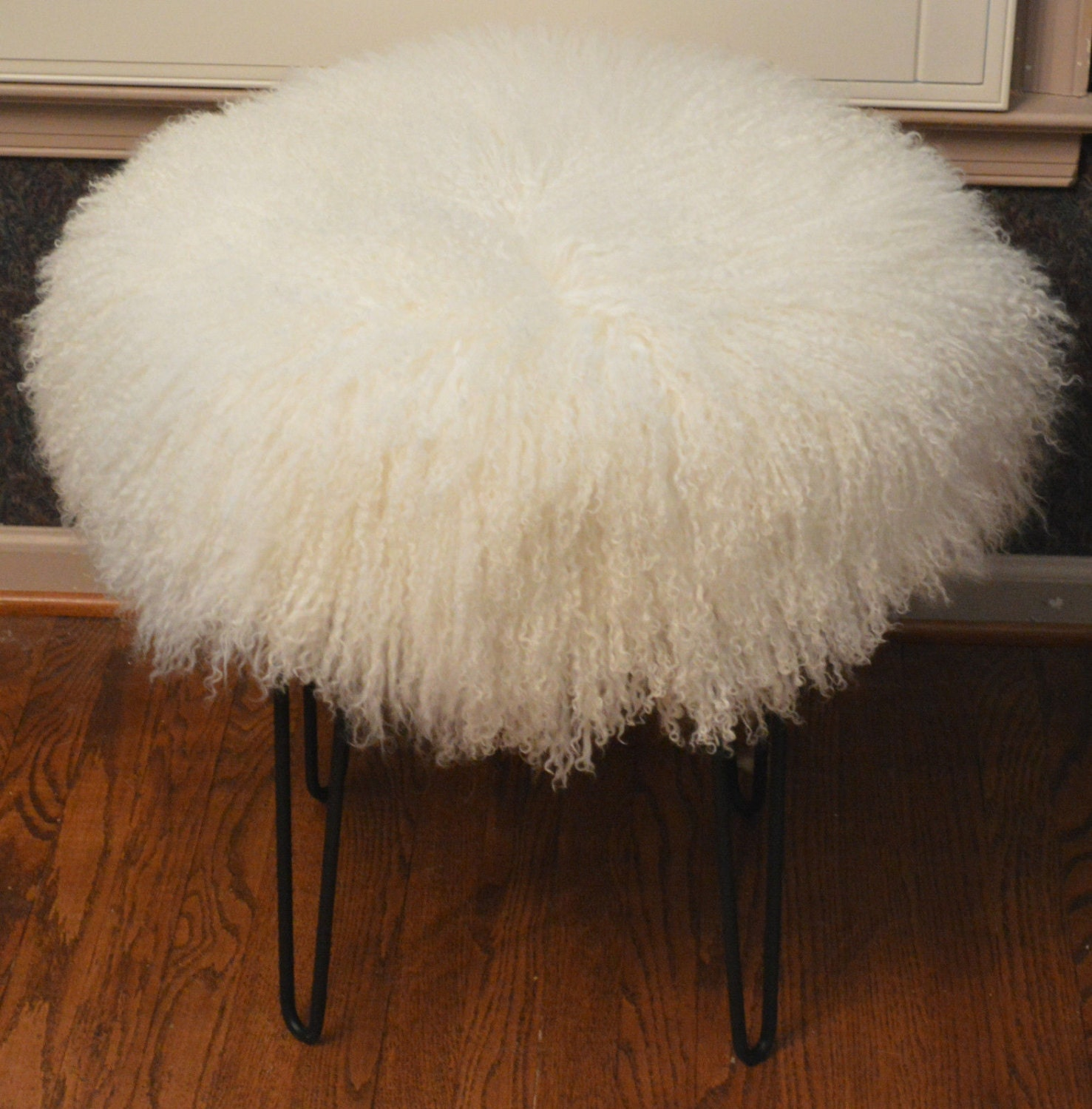 Real Natural White Mongolian Lamb Fur Stool Tibet Lamb Bench