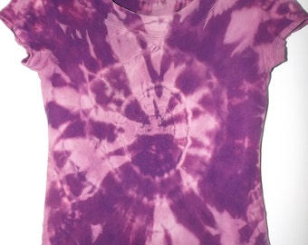 purple and pink reverse tie dyed womans top (S)