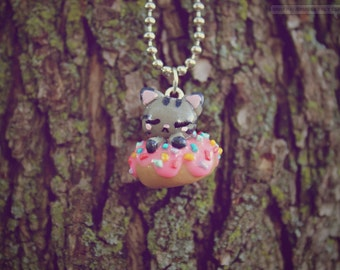 Donut Kitty • Necklace/Keychain/Phone Charm/Earrings