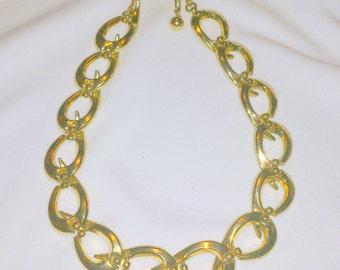 Vintage Chunky Gold Tone Oval Link Adjustable Choker Necklace