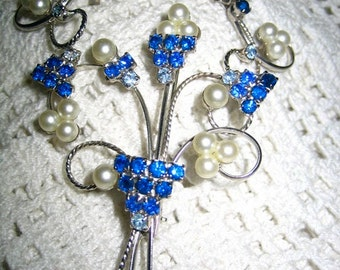 Vintage Dainty Sapphire Rhinestone & Simulated Pearl Brooch Earrings clip on