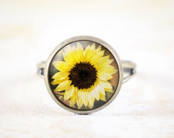 Sunflower Ring - Yellow Flower Ring, Floral Ring, Garden Jewelry, Sun Flower Jewelry, Botanical Ring, Nature Jewelry, Sunflower Jewellery