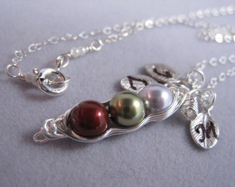 Peas in a pod, Three peas, Pea pod, children, personalized gift, Sterling Silver necklace, Family, Gift for Mom, Holiday Gift