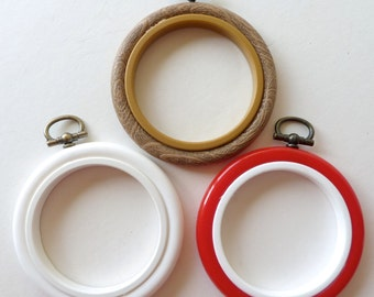 """2.5"""" Flexi hoop Embroidery hoop - 6 colours available"""