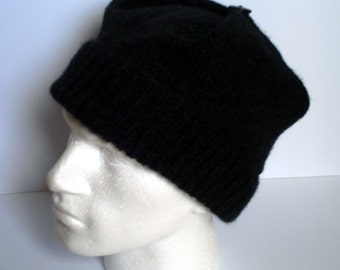 Black Watch adult men's / teenage boy's hand knitted square envelope style hat.