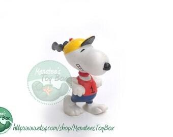 Vintage 80s Snoopy Figure Jogging Peanuts Collectible