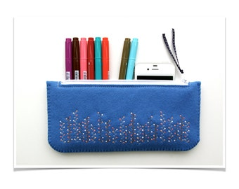 Felt Clutch ø Pencil Case ø Make Up Bag ø Hand Embroidered ø LoftFullOfGoodies