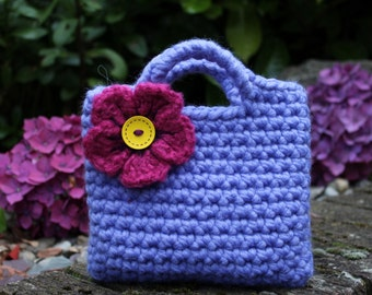 Little Girl Little Purse in bluebell shade with fuschia flower