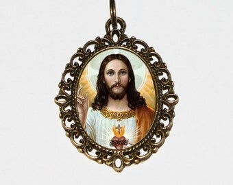 Sacred Heart, Jesus Necklace, Spiritual, Religious Jewelry, Oval Pendant