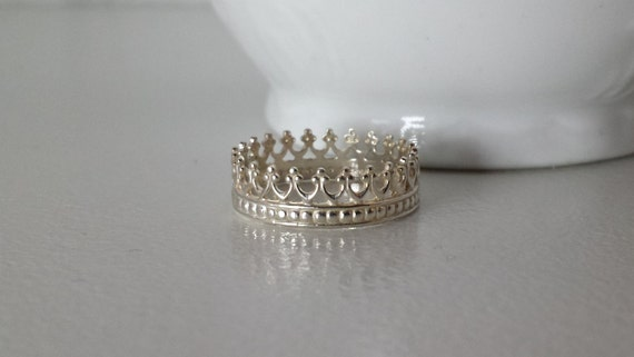 Crown Ring in Sterling Silver / Princess / Queen / Royalty / King - 925 Filigree Stack Ring- Style 1