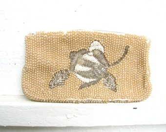 VTG 50s Faux Pearl Beaded Clutch with Floral Motif - Free Shipping