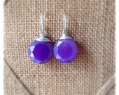 Faceted purple button agate silver earrings
