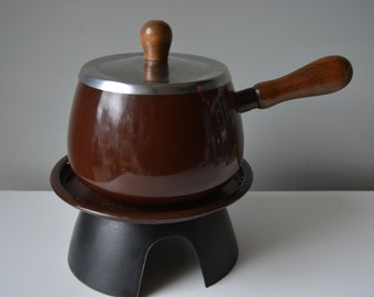 Brown Fondue Por with Lid and Stand. Chocolate Brown Fondue Pot