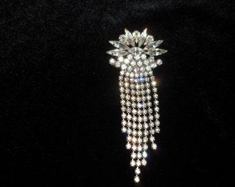 Mid century art deco style pin/brooch rhinestone
