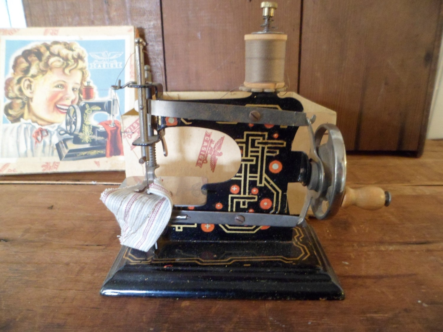 Machine coudre jouet casige made in germany originale bo te for Machine a coudre jouet