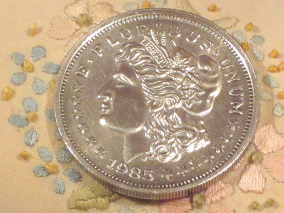1985 Morgan Silver Trade Unit Coin