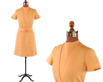 Vintage 1960's Hanna Troy All Wool Knit Peach Mod Jet Setting Scooter Mini Shift Dress M