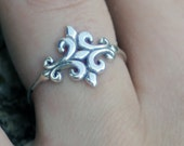 Sterling Silver Fleur de lys Ring, sterling ring, women, bridesmaid gift, friendship, eco friendly, statement, novelty, handmade