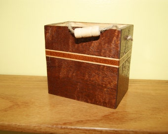 Small Keepsake / Knick Knack box