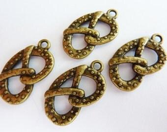 6 pendants, pretzel, Oktoberfest, bavarian, bronze