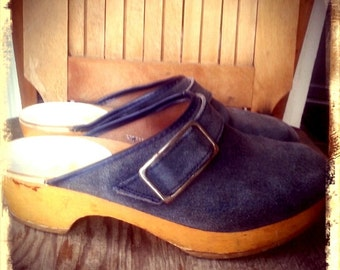 ORTHO   ///   Danish Leather Wooden Clogs